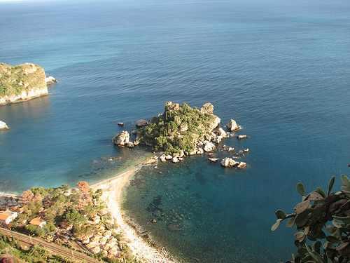 Exploring Sicily : Italy